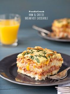 Ham and Cheese Breakfast Casserole   Wanna try with ground sweet Italian sausage, goat cheese and cheddar. Yummm.....vdg