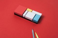 For The Artsy Paper Lover: Mondrian-Inspired Sticky Notes - DesignTAXI.com