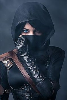 Assassins Creed, Dark Assassin, or other darker cosplay - can be male or female Moda Cyberpunk, Cyberpunk Fashion, Steampunk Fashion, Gothic Fashion, Myra Ruiz, Chica Cool, Post Apocalyptic Fashion, Art Manga, Background Images Wallpapers