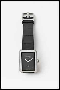 image Square Watch, Apple Watch, Fashion Accessories, Chanel, How To Wear, Image, Jewelry, Street Wear, Style