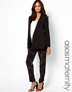 Love the look: printed maternity pants from @ASOS.com - #maternity #style