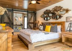 Room for Improvement: Perfect cottage guest suite combines elegance and organic flair Dream Bedroom, Master Bedroom, Lake House Plans, Room For Improvement, Guest Suite, Home Furniture, Living Spaces, Cabin Pressure, Cottage Rentals