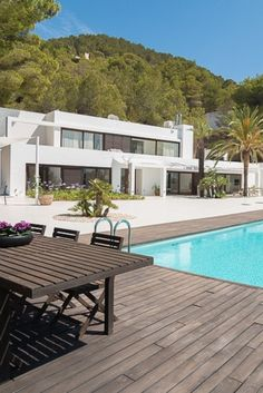 Everything is currently restricted. Let's look at beautiful vacation properties and dream of a vacation in the near future. We will also overcome this complicated situation. Luxury Villa Rentals, Real Estates, Luxury Real Estate, Luxury Interior, Villas, Ibiza, Vacation, Mansions, Future