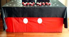 Mickey Mouse Cupcake Stand | Two Sisters Crafting