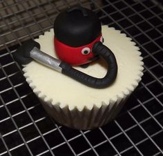 Henry Hoover cupcakes