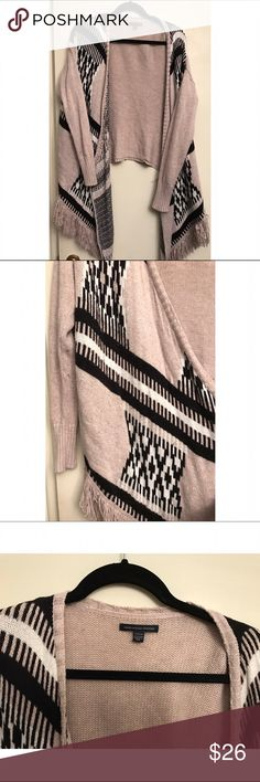 ⬇️Price Drop⬇️American Eagle 🦅 Fringe Sweater American Eagle 🦅 Fringe Black&White Sweater🖤Size M✨Waterfall Front American Eagle Outfitters Sweaters Cardigans
