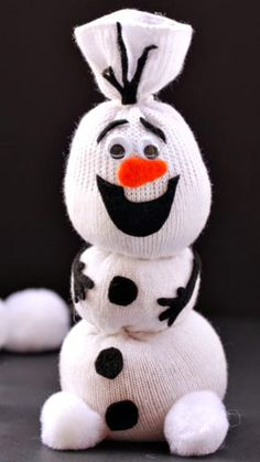 Adorable Olaf Sock Snowman Tutorial