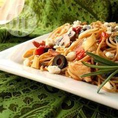 Macarrão com frango à moda mediterrânea @ allrecipes.com.br