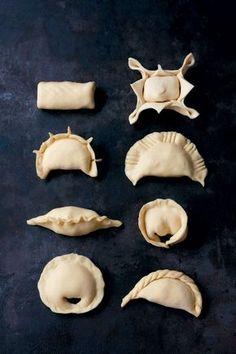 Clasico Argentino Meat Empanadas – Argentinian Street Food Different shapes Empanadas Recipe Dough, Dough Recipe, Empanada Dough, Latin Food, Johnny Cake, Argentina Food, Argentina Recipes, Sbs Food, Dim Sum