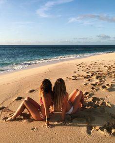 Resultado de imagem para praia fotos tumblr