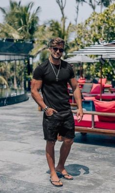 25 cheap premium mens streetwear summer 10 - Best Fashions for All Streetwear Summer, Streetwear Fashion, Streetwear Men, Stylish Men, Men Casual, Mode Man, Mens Fashion Wear, Mens Beach Fashion 2018, Fashion Moda