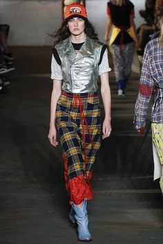 See the complete R13 Spring 2018 Ready-to-Wear collection.