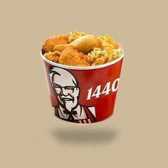 다이어트를 하는 모든 사람들에게 있어 칼로리 계산은 무척 신중한 일 중에 하나 입니다. 하지만 자신이 먹는 음식의 칼로리를 계산하는 것은 생각보다 힘들고 지겨운 일이며, 일일이 음식의 칼로리를 찾아 보는 것 역시 무척 어려운 일이죠. 인스타그램의 'Calorie Brands'는 모든 음식의 로고 대신 칼로리를 적은 이색적인 시리즈를 공개해 이목을 집중 시킵니다.  공개된 작품을 살펴보면 KFC 치킨 1440kcal, 누텔라 4520kcal, 오레오 1905kcal 등의 칼로리 로고를 볼 수 있습니다. 평소 즐겨 먹던 음식들 옆에 1000이 넘어가는 숫자를 보고 있자니 등골이 서늘해 지기도 하네요. 실제로 성인 남자의 하루 평균 칼로리 권장량은 약 2500kcal, 여자의 경우 1900kcal이기 때문에 KFC 치킨 한마리를 먹는다면 하루 칼로리의 대부분을 섭취하게 되니 조심해야 할 듯 싶습니다.