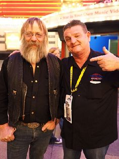 """Tony Beets was in Town too.... LOVE< LOVE<LOVE  TV Show""""Gold Rush"""" ... hardest workin man in Alaska... great guy in person too. He loved the Fasty Straps story. #sema2014 #fastystraps @sema2014 @semashow #T3"""