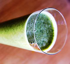 Apple, mint and fresh greens smoothie. A green smoothie that is as yummy as it is delicious.