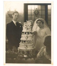 One of the items on display is an icing model of a liquid waste disposal truck that adorned the wedding cake of Eileen Rice and Reg Flavell. Married on 11 July 1937 at St Barnabas Church, East Dulwich the couple celebrated their reception at Pritchard's Restaurant on Oxford Street.