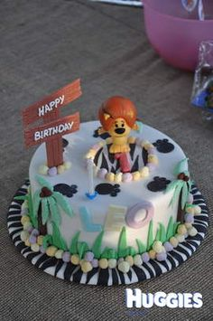 Raa Raa Cake for a Noisy Little Lion 2nd Birthday, Birthday Ideas, Birthday Cakes, Cooking, Desserts, Lion, Crafts, Party Ideas, Puddings