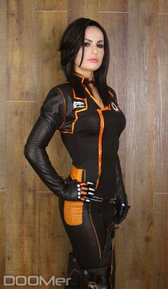Have you ever noticed that cosplay costumes make hot girls look even hotter? Have you ever noticed that cosplay costumes make hot girls look even hotter? Mass Effect Cosplay, Miranda Lawson, Cosplay Outfits, Cosplay Girls, Cosplay Costumes, Amazing Cosplay, Best Cosplay, Video Game Cosplay, Sr1