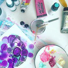 Work in progress, ink and oodles of doodles . . . . . #london #dubai #nyc #hamptons #hongkong #explorer #travel #wanderlust #mydubai  #laurenofarabia #igersdubai #ambassador #palmjumeirah #uae #lovindubai #visitdubai #painting #abstract #unicorn #pastel #neon #clouds #insanelyinspiredinstagram...