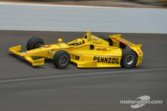 Helio Castroneves, Team Penske Chevrolet at Indy 500 High-Res Professional Motorsports Photography Car Pics, Car Photos, Car Pictures, Indy Car Racing, Indy Cars, Helio Castroneves, Ground Effects, Indianapolis Motor Speedway, Cars Series