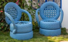 TiresMake creative garden chairs by recycling your old tires, because what goes better than horticul. Tire Furniture, Outdoor Garden Furniture, Garden Chairs, Outdoor Decor, Recycled Furniture, Handmade Furniture, Furniture Design, Automotive Furniture, Automotive Decor