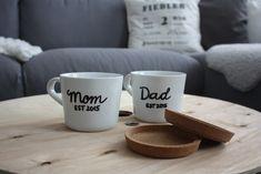 DIY Geschenk zur Geburt - für werdende Eltern - Tassen bemalen