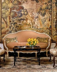 Antique furnishings and tapestries decorate the small lobby, where nightly wine and cheese is served. .Hotel Mars