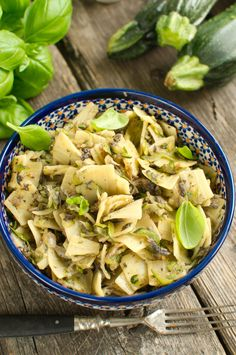 Łazanki z pieczarkami i cukinią Pasta Salad, Potato Salad, Potatoes, Meat, Chicken, Ethnic Recipes, Food, Vegane Rezepte, Crab Pasta Salad