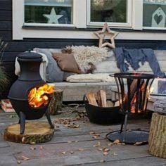 24 Cozy And Beautiful Winter Terrace Decor Ideas You'll Enjoy - Outdoor Rooms, Outdoor Gardens, Outdoor Living, Outdoor Decor, Parasols, Patio Umbrellas, Winter House, Winter Garden, Poured Concrete Patio