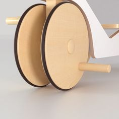 Tricycle made in plywood and varnished wood with matte finishing Wood Kids Toys, Wood Toys, Kids Trike, Wood Bike, Baby Bike, Plywood, Diy For Kids, Wood Art, Wood Projects