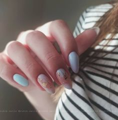classy abstract pastel easy nail art design Chic Nail Art, Pastel Nail Art, Classy Nail Art, Chic Nails, Nail Art Diy, Simple Nail Art Designs, Cute Designs, Nail Art For Beginners, Abstract Nail Art