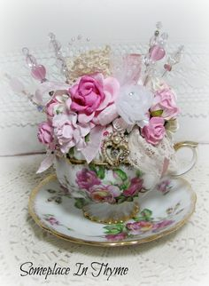 Teacup pincushion: How gorgeous would this little craft project be. Quite simple too.