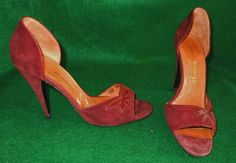 Charles Jourdan Shoes Pumps Vintage Cut Out Peep Toe Burgundy Flower Petal Suede #charlesjourdan #peeptoe
