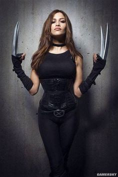 X-23 female Wolverine claws Cosplay props plastic non-metallic