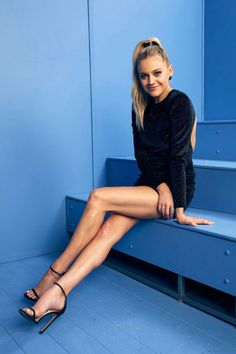 - Kelsea Ballerini - 2019 CMT Music Awards Portraits Nashville June - 1 of 14 Country Singers, Country Music, Nashville, Cmt Music Awards, Non Plus Ultra, Kelsea Ballerini, Portraits, Sexy High Heels, Nice Heels