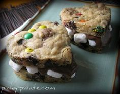 S'mores with cookies