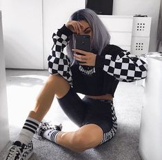 edgy outfits over 40 Hipster Outfits, Edgy Outfits, Mode Outfits, Grunge Outfits, Summer Outfits, Girl Outfits, Fashion Outfits, Edgy Hipster, Hipster Clothing