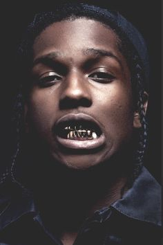 I like the dark colours and his props he uses, his gold teeth and dark photo also portrays the gangster rap image Travis Scott, Kid Cudi, Hip Hop Artists, Music Artists, Lord Pretty Flacko, Asap Mob, Viviane Sassen, Gold Teeth, Doja Cat