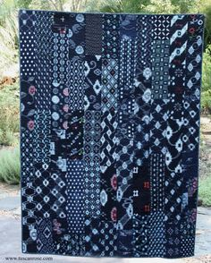 Katsuri Kimono Fabric Quilt blue and indigo by TuscanRose on Etsy Japanese Quilt Patterns, Japanese Quilts, Japanese Textiles, Japanese Fabric, Japanese Patchwork, Shibori Fabric, Kimono Fabric, Asian Quilts, Blue Quilts