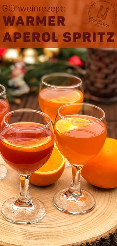 Recipe: Warm Aperol Spritz - light, tasty and quick to prepare - Warm Aperol Spritz (Hot Aperol) is a light and tasty aperitif for celebrations and when guests come - Amaretto Drinks, Winter Cocktails, Desserts For A Crowd, Mulled Wine, Vegetable Drinks, Christmas Drinks, Non Alcoholic Drinks, Healthy Eating Tips, Popular Recipes
