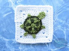 PDF CROCHET PATTERN ONLY This Sea Turtle Granny Square is part of my Ocean Themed Afghan. The turtle is made as a seperate piece and then sewed onto the granny square. Both the sea turtle and granny square patterns are included in the PDF file. **You wi Granny Square Crochet Pattern, Crochet Motif, Crochet Patterns, Afghan Crochet, Crochet Crafts, Crochet Projects, Art Projects, Free Form Crochet, Granny Square Häkelanleitung