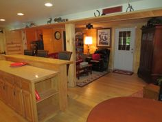HOCKING HILLS - Creekside Cabin - Restored Barn $130 wk/nt & $160 wk/end night / $15 each night over 2 people + 6% tax