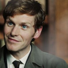 He could be any of the young lovable Heyeros. I think he'd be great in the Foundling - or even as Charles Rivenhall. Shaun Evans, British Boys, British Actors, American Actors, Oxford, Inspector Lewis, Endeavour Morse, Tv Detectives, Crime