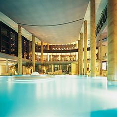 bathinghall1 A Day at Carolus Thermen Spa in Aachen, Germany