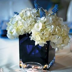 Lovely Navy Blue Wedding Centerpieces Theme- nice and simple Wedding Reception Centerpieces, Flower Centerpieces, Wedding Themes, Wedding Table, Wedding Colors, Flower Arrangements, Wedding Decorations, Wedding Ideas, Centerpiece Ideas