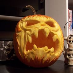 by MonsterAsylum - Every day is Halloween Halloween Pumpkin Designs, Halloween Jack, Halloween Pumpkins, Halloween Crafts, Halloween Makeup, Halloween Costumes, Awesome Pumpkin Carvings, Scary Pumpkin Carving, Pumpkin Art