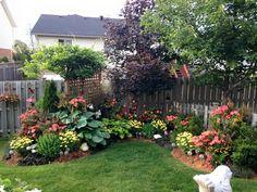 Backyard garden idea and landscaping design.