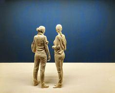 Scolpite nel legno: le opere iper realistiche di Peter Demetz sembrano vivere