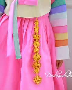 hanbok accessory Norigae W8,000 노리개.눈물고름 http://dodamdodam.com/goods_list.php?Index=503