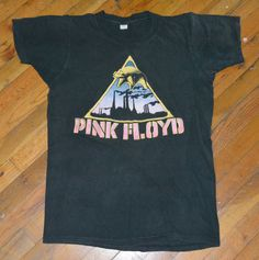 RaRe *1977 PINK FLOYD* original vintage rock concert tour band t-shirt (L) 70s #Unknown #TShirt
